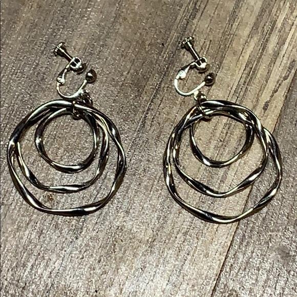 Jewelry - Clip on super cute earrings